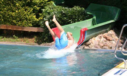 Freibad in der Aquarena in Stommeln öffnet am Samstag, 13. Mai, 10 Uhr