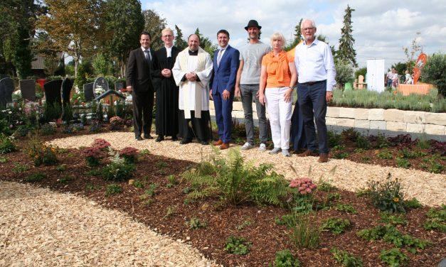 Einweihung Bestattungsgarten auf dem Parkfriedhof Pulheim