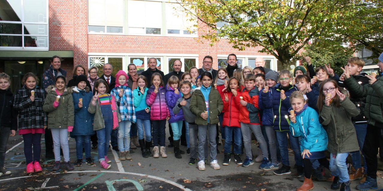 Einweihung Erweiterungsbau katholische Grundschule Bachstraße