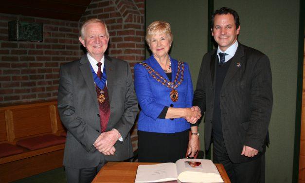 Farehams Bürgermeisterin Susan Bayford zu Besuch in Pulheim