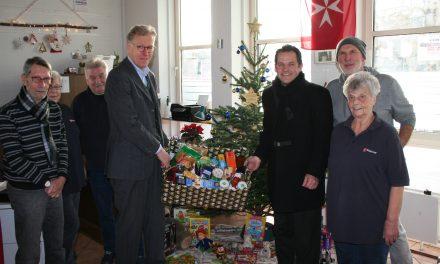 Malteser Tafel freut sich über GVG Weihnachtsbaumspende