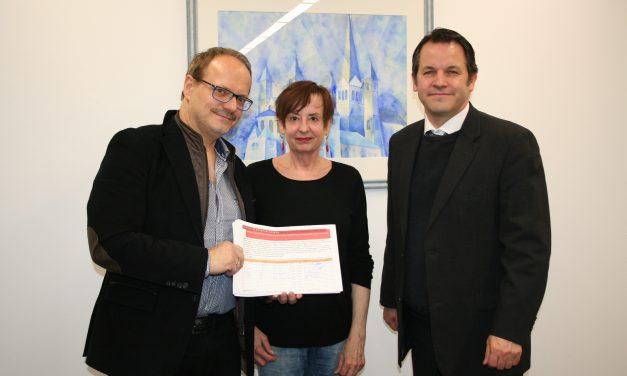 Bürgerinitiative Abteipassage Brauweiler übergibt Unterschriften