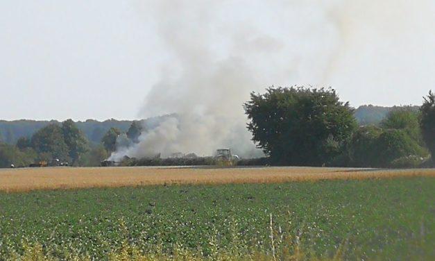 Dansweiler: Traktor mit Anhänger fing Feuer