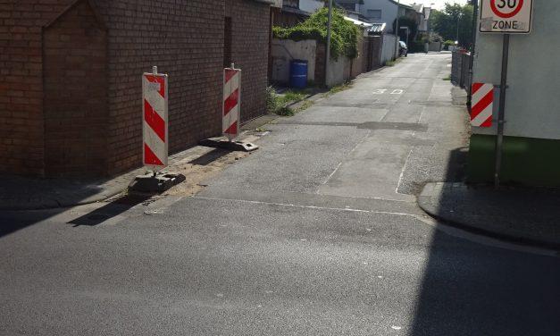Albanstraße in Geyen: Verbesserung der Beschilderung notwendig