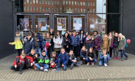 Die Klasse 5b der Marion-Dönhoff-Realschule in Pulheim kennt keine Grenzen
