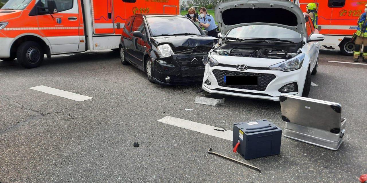 Verkehrsunfall auf der B59 im Kreuzungsbereich zur K24